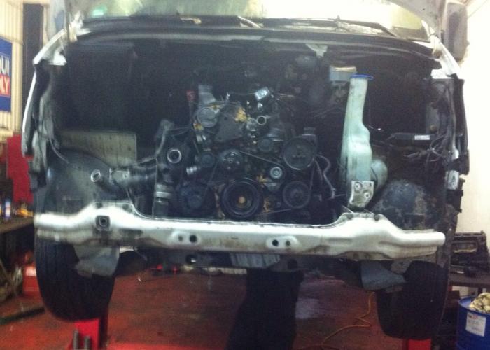 Замена двигателя (двс)  Mercedes-Benz Sprinter - Замена двигателя автомобиля