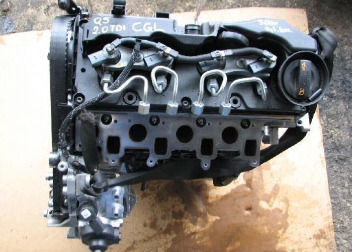 Замена двигателя CGL AUDI Q5 8R0 2.0 TDI 2011 года выпуска - Ремонт двигателя автомобиля